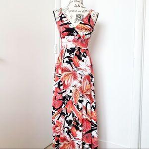 Jennifer Lopez Dresses - Jennifer Lopez long floral print maxi dress